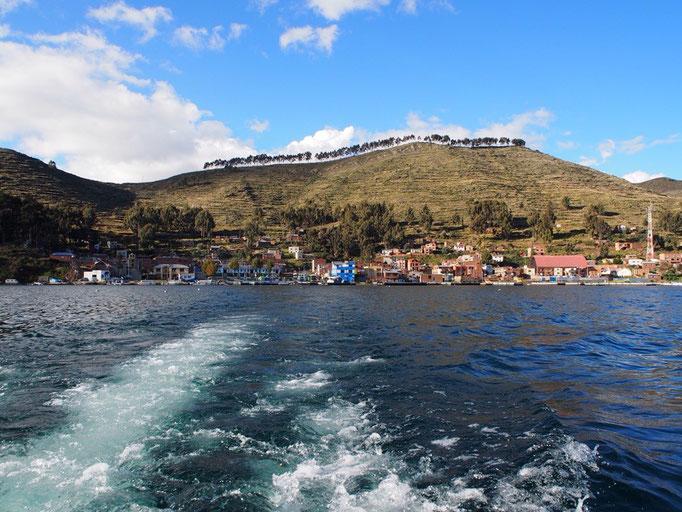 途中ティティカカ湖をボートで渡って 清々しい気分転換になり旦那さん復活