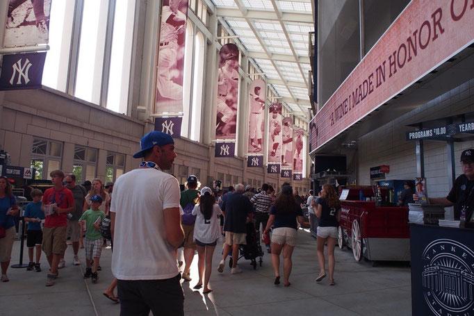 なんというタイミング これはもう行くしかない! ということでヤンキーススタジアムに来ました♡