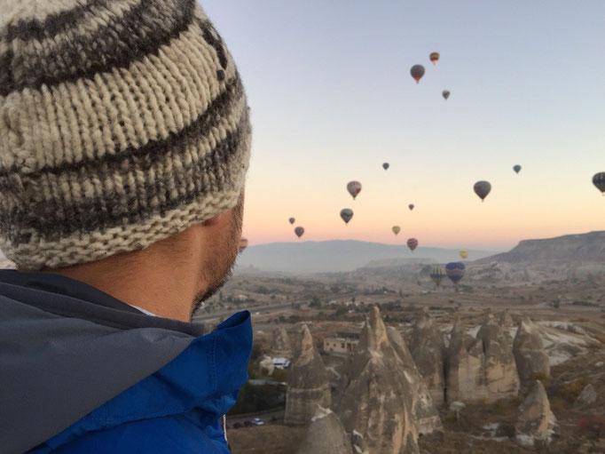 ワンコもどこかへ行って ようやく落ち着いてのんびり気球観察の再開