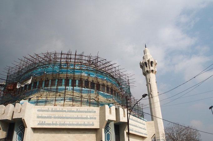 """この日はキングアブドゥーラモスクへお出かけ 美しい青い屋根を持つモスクは 別名""""ブルーモスク"""""""