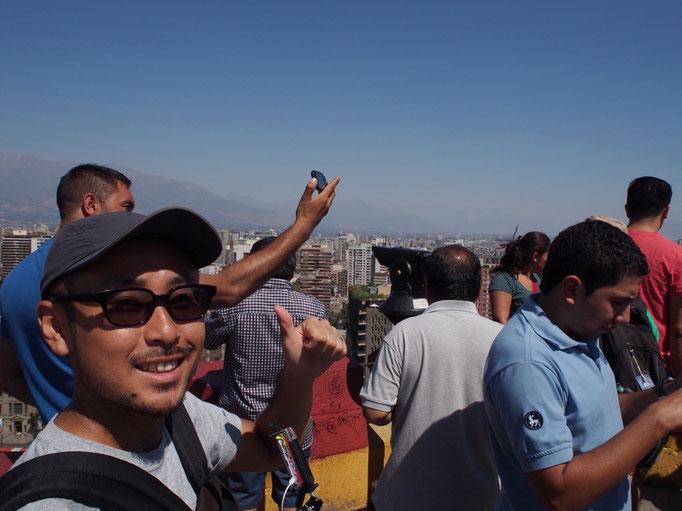 登りきったところ 頂上からはアンデス山脈が一望できます