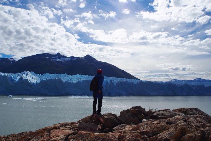 近くで体験する氷河も 遠くから観る氷河もどちらも違った魅力があって 不思議な体験になりました