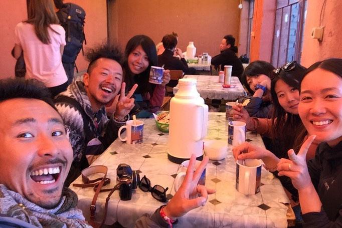 みんなで楽しくしっかり晩ごはんを食べて 2日目も無事終了