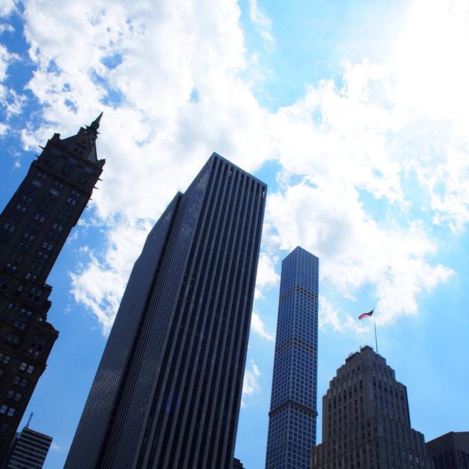 ニューヨークには高いビルがたくさん グランドサークルで観た岩山とどっちが大きいかな?