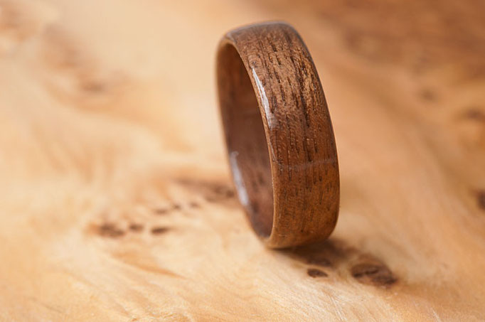 nº38 Anillo de madera de Palosanto.