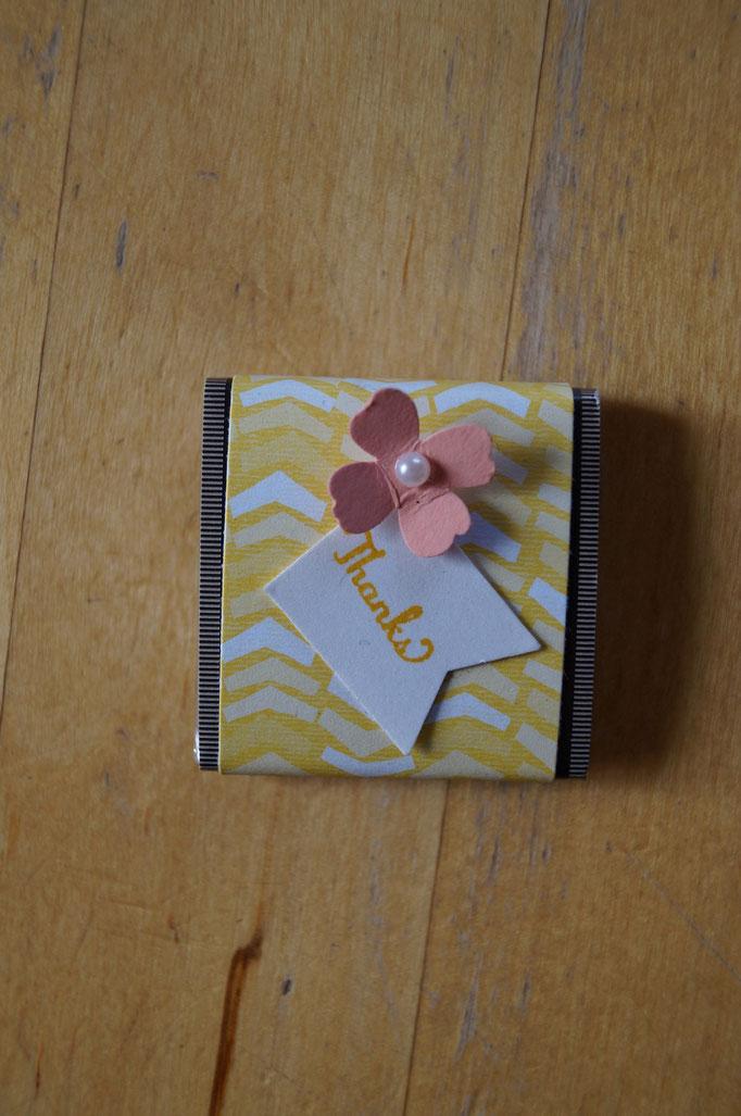 Mini-Schoki hübsch verpackt von Yvonne (www.kreativ-ladies.net)