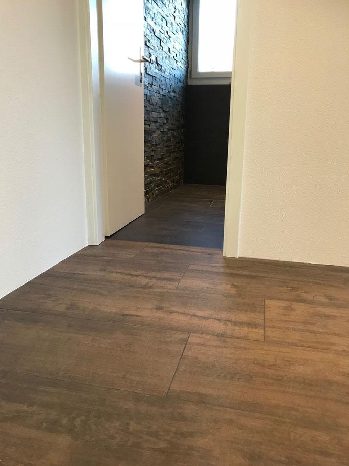 Keramik Bodenbelag mit Holzoptik Format 30x120cm