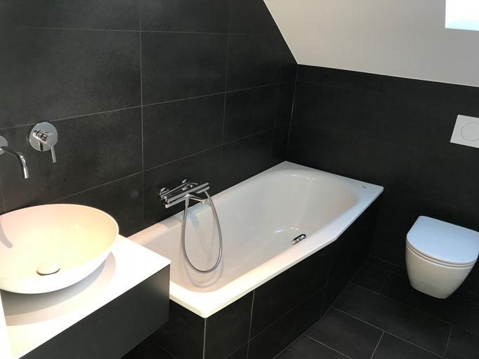 Umbau Badezimmer mit Keramik-Platten in Felben-Wellhausen