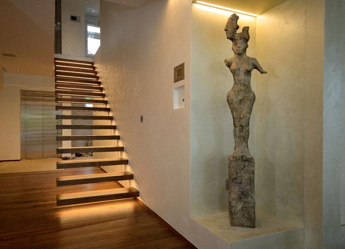 Frei schwebende Treppe
