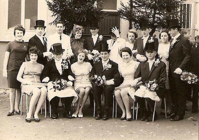 Kirmesgesellschaft 1959/ Archiv Crawinkler- Runde