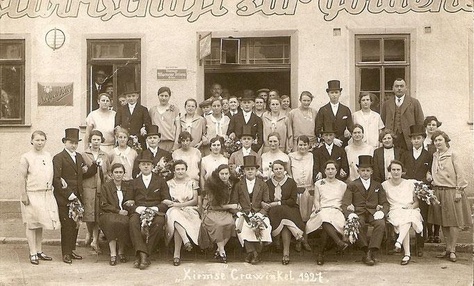 Kirmesgesellschaft 1927/ Archiv Crawinkler- Runde
