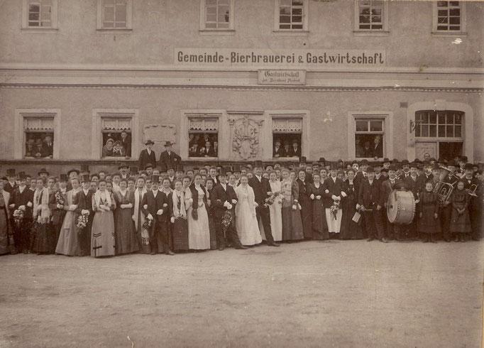 Kirmesgesellschaft 1908/ Archiv Crawinkler- Runde