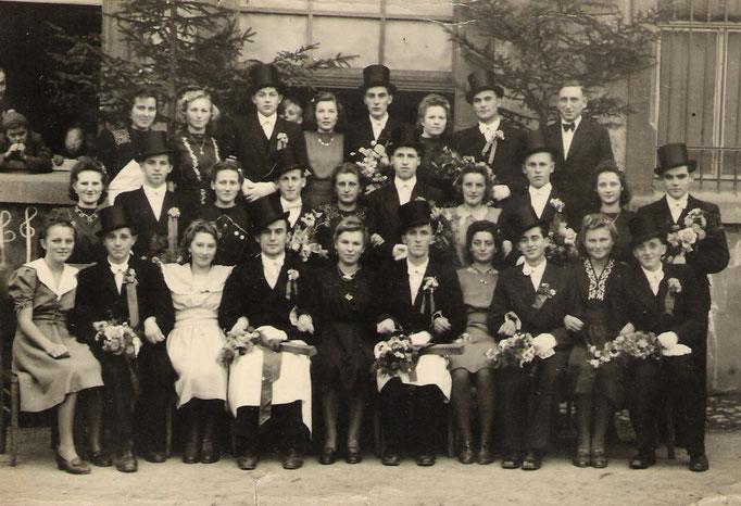 Kirmesgesellschaft 1948/ Archiv Crawinkler- Runde