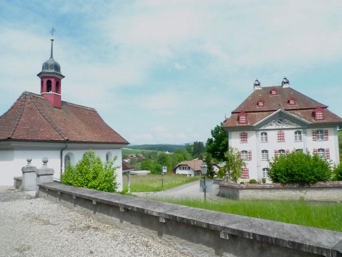 Antoniuskapelle und Pfarrhaus