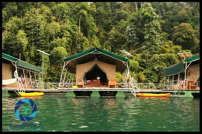 Schwimmendes Zelt