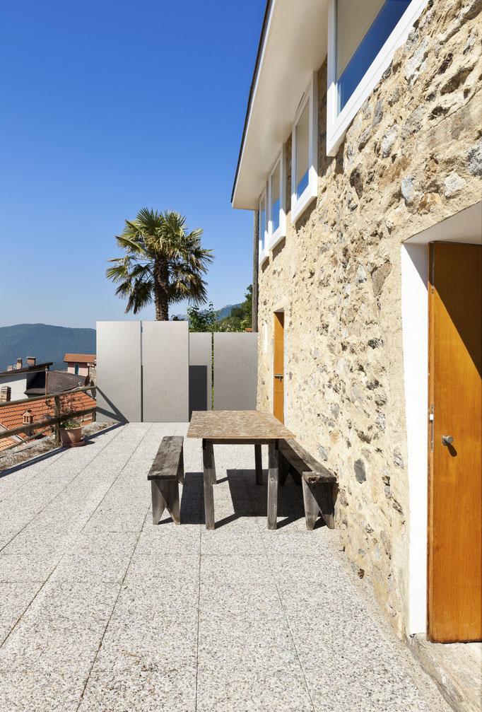 Terrasse mit Knumox Betonstele