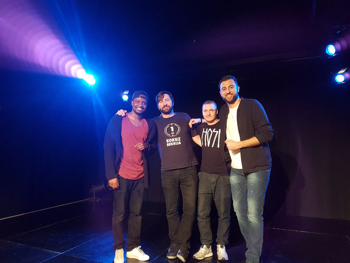 """Mit Charles Nguela, Hosh und Nico Arn nach gemeinsamen Auftritt in """"Charly's Comedy Club"""" in Zürich"""