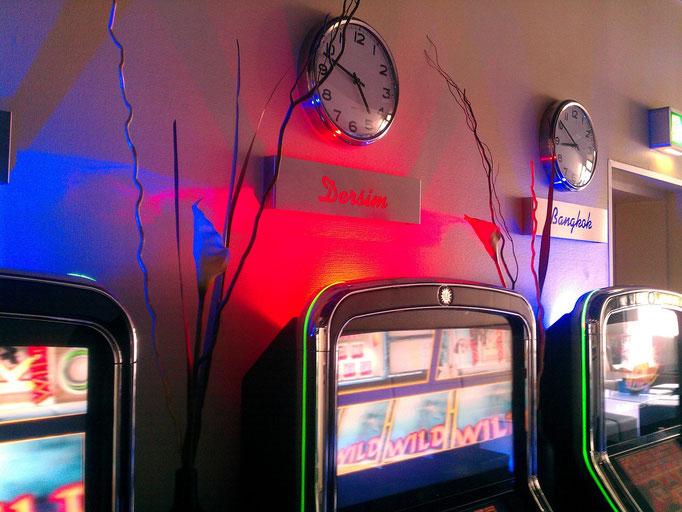 LED Beleuctung indirekt mit verschiedenen Farben