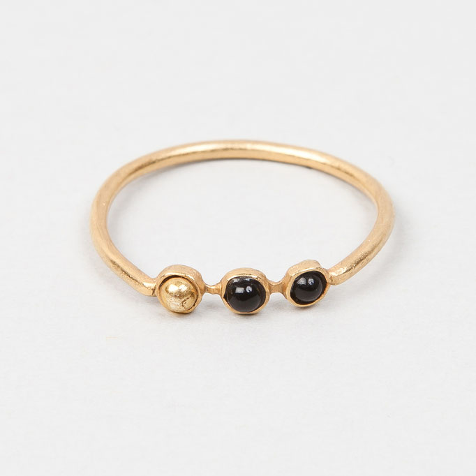 tiphine. Ring Vanessa (1 Gold, 2 Onyx, vergoldet)
