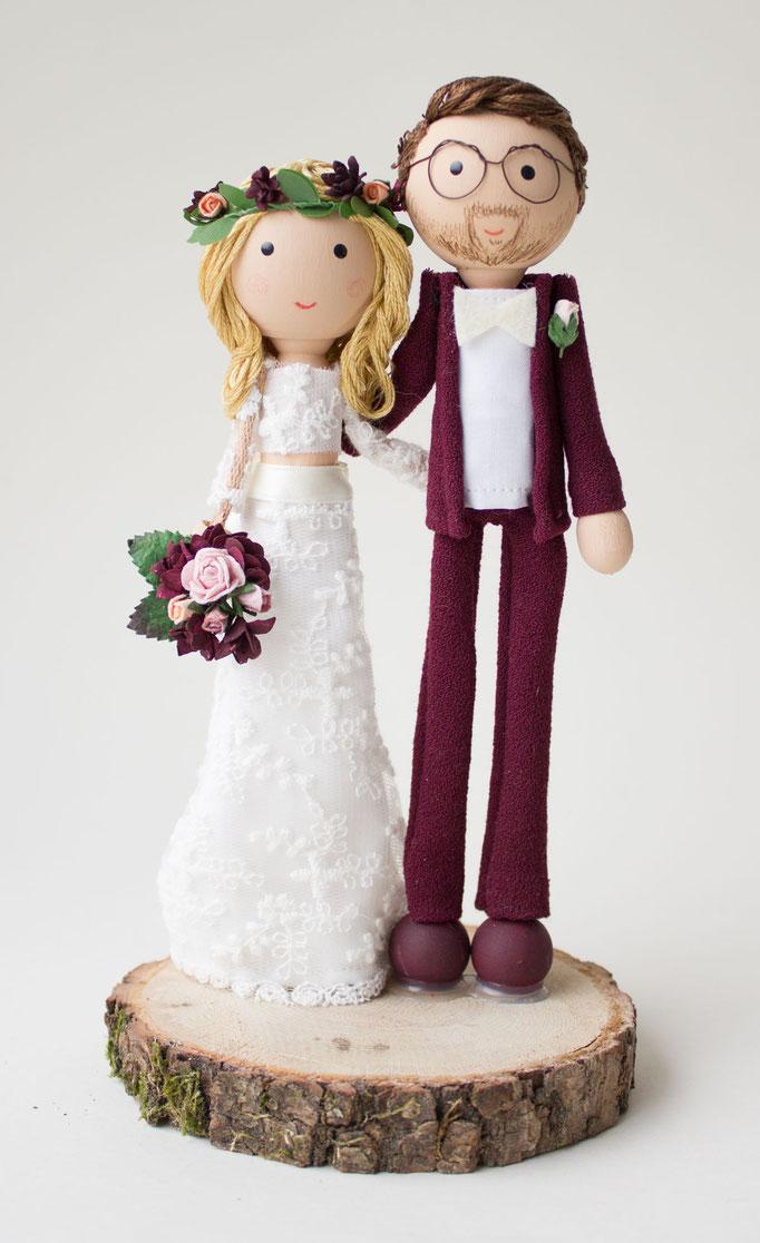 Personalisiertes Hochzeitspaar Aus Holz Fur Die Hochzeitstorte