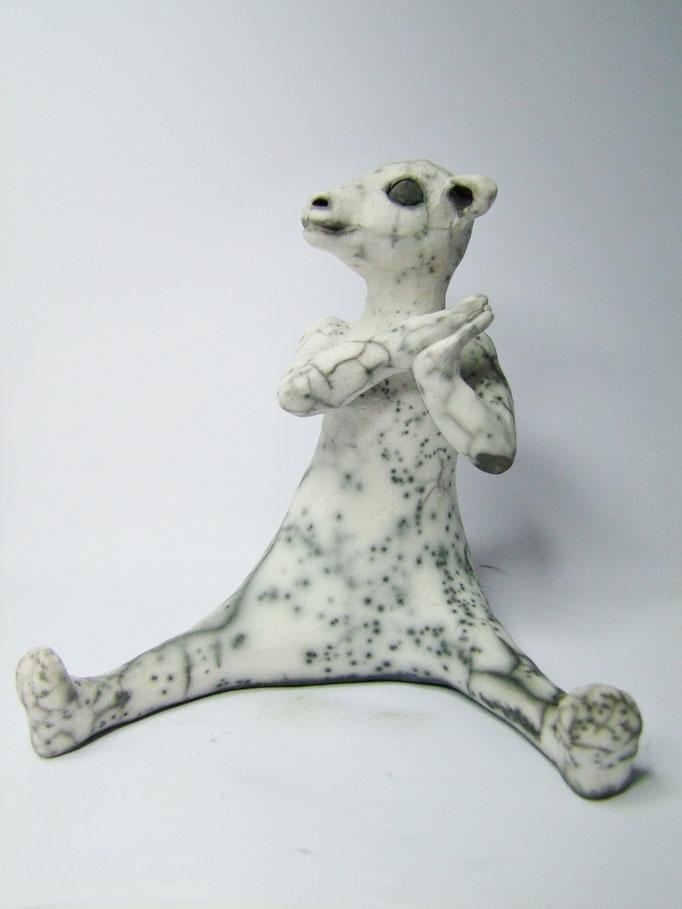 statue de mouton ravi de simplement terre