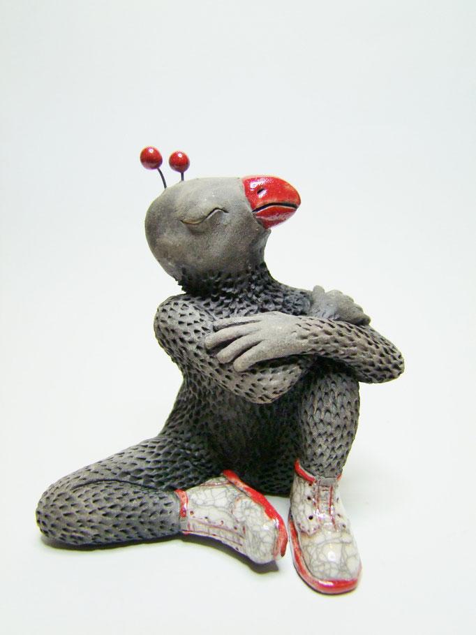 statue oiseau bras crois de simplement terre