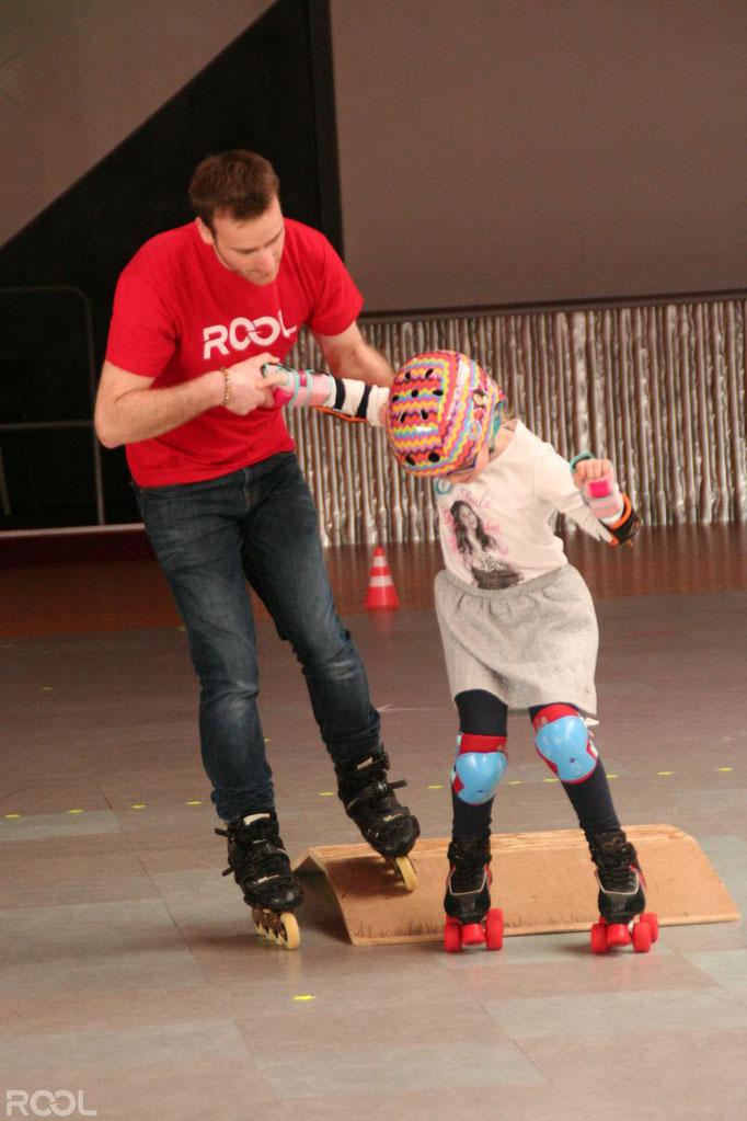 ROOL - Gwennaël Brault - Prof de Roller avec enfant quad sur module
