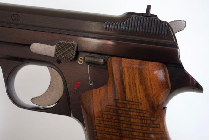 Arrêtoir de culasse et levier de sécurité du SIG P210-1 / P49