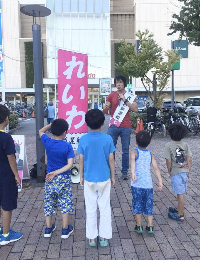 田島つよしポスター&ポスティングチームさん 田島さんの街宣、夏のある日