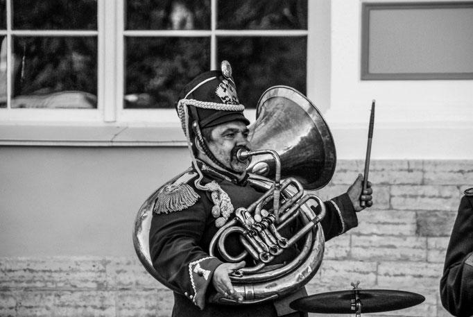 Mit Pauken und Trompeten am Katharinenpalast