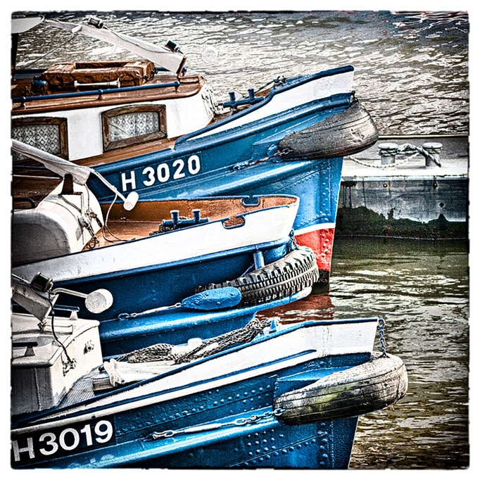 Hafen Impression 67 · 40 x 40 cm · Leinwand auf Keilrahmen: € 150,- ·  Aludibond: € 190,- ·  Acrylglas auf Aludibond: € 240,-