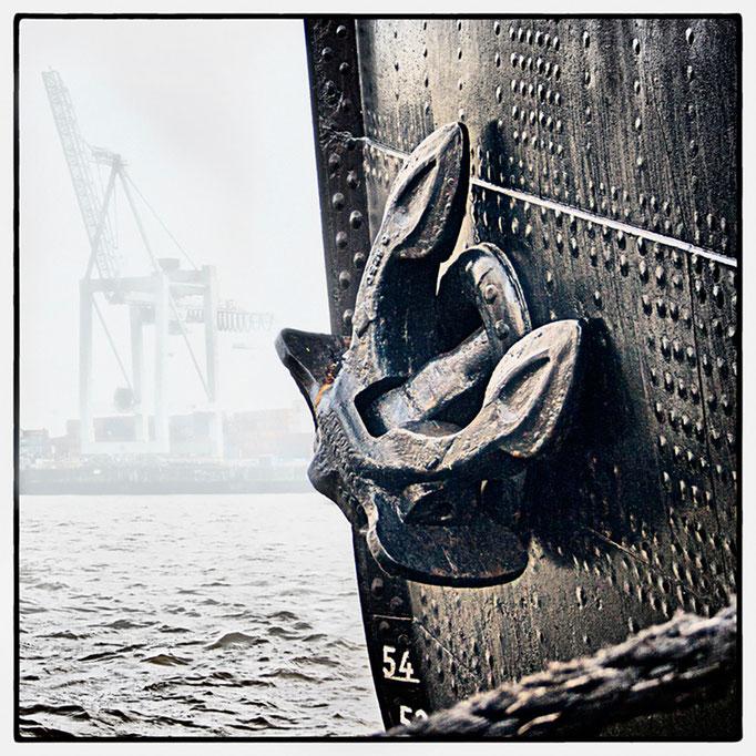Hafen Impression 82 · 40 x 40 cm · Leinwand auf Keilrahmen: € 150,- ·  Aludibond: € 190,- ·  Acrylglas auf Aludibond: € 240,-