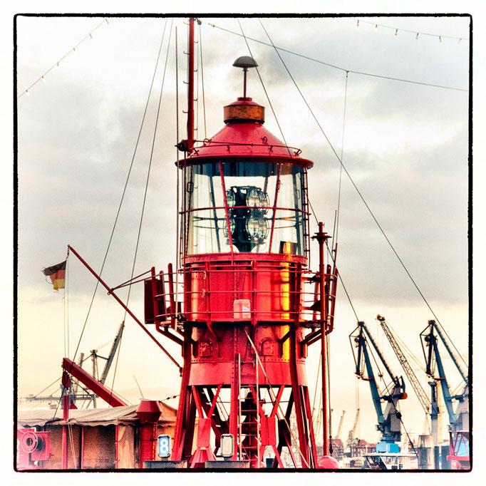 Hafen Impression 69 · 40 x 40 cm · Leinwand auf Keilrahmen: € 150,- ·  Aludibond: € 190,- ·  Acrylglas auf Aludibond: € 240,-