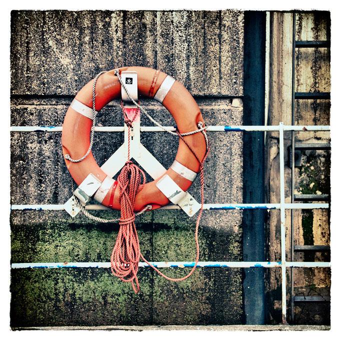 Hafen Impression 72 · 40 x 40 cm · Leinwand auf Keilrahmen: € 150,- ·  Aludibond: € 190,- ·  Acrylglas auf Aludibond: € 240,-