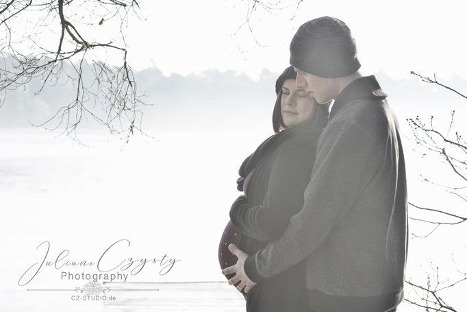 Schwangerschafts-Shooting – Juliane Czysty, Fotografin in der Nähe von Rotenburg