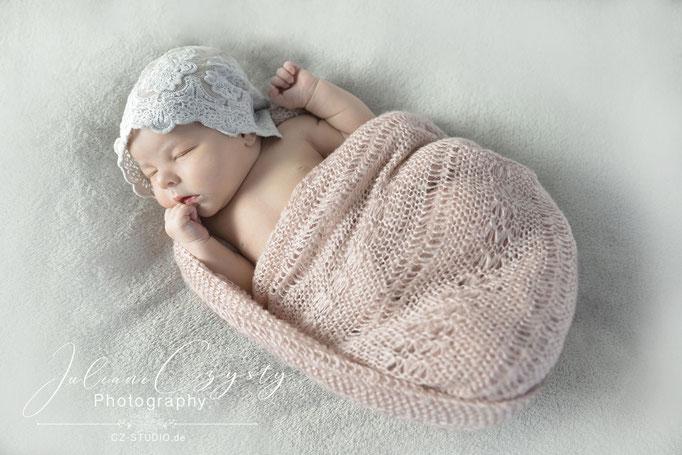Babyshooting - Juliane Czysty, Fotostudio für Neugeborenenfotografie
