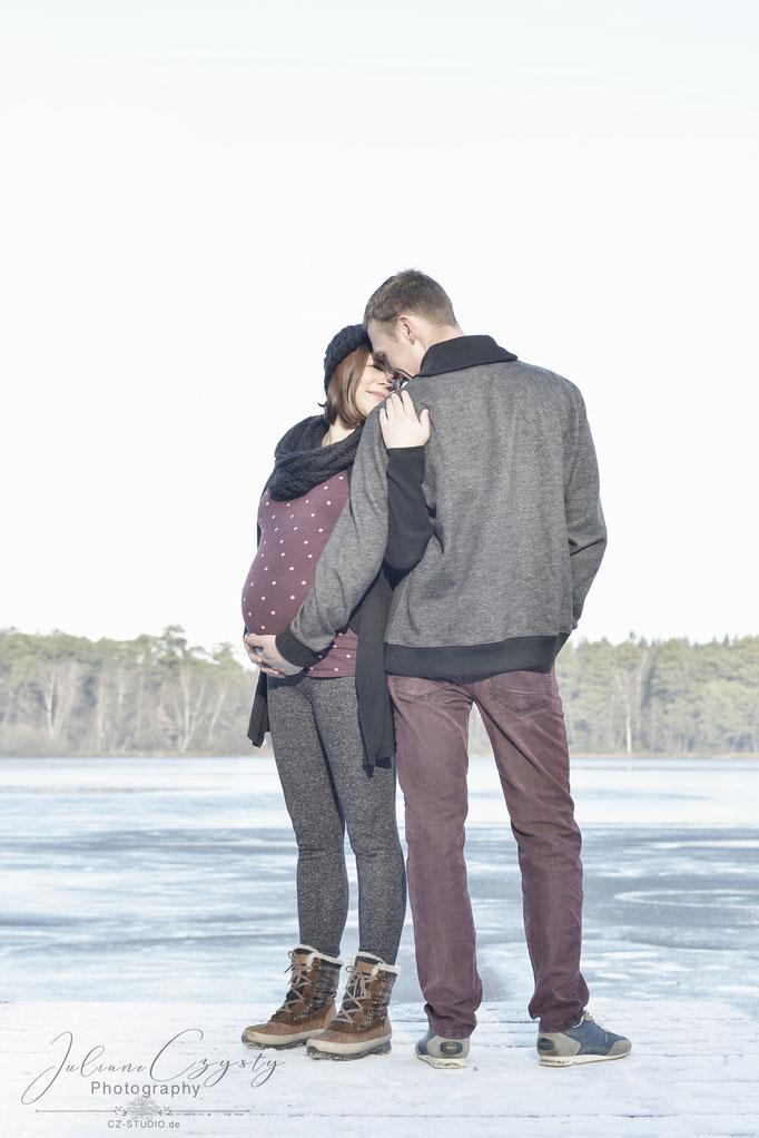 Schwangerschaftsfotos – Juliane Czysty, Fotostudio für Visselhövede, Rotenburg und umzu