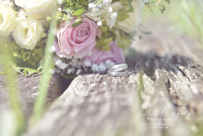 Ringe Foto - Juliane Czysty, Hochzeitsfotografie be Rotenburg/Wümme