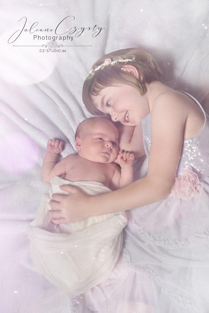 Newborn-Geschwister Shooting - Juliane Czysty, Fotografie bei Visselhövede