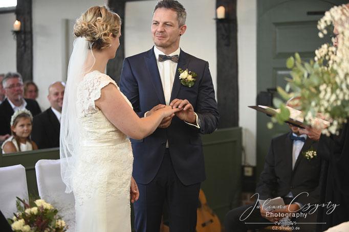 Innige Hochzeitsfotografie - Juliane Czysty, Fotostudio Landkreis Rotenburg/Wümme