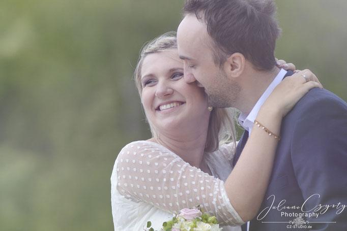 Liebevolle Hochzeitsfotografie - Juliane Czysty, Fotostudio Landkreis ROW