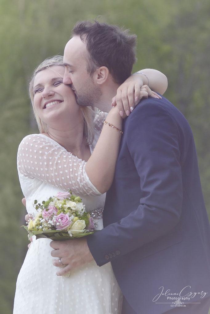 Authentische Hochzeitsfotos - Juliane Czysty, Hochzeitsfotografin bei Bremen