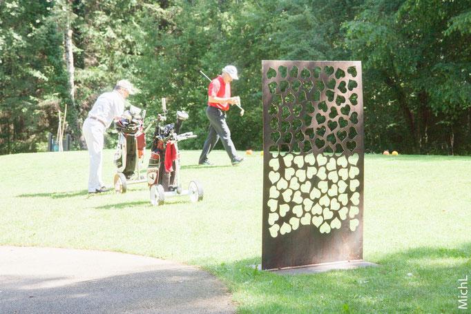 Exposition d'une vingtaine de sculptures au golf de Besançon en juillet 2016  © Michel LAURENT (MichL)