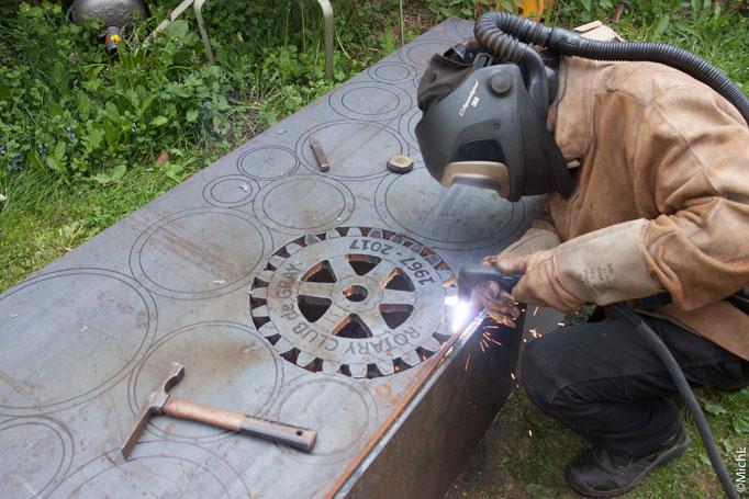 Réalisation d'une sculpture commémorative pour le Rotary  © Michel LAURENT / MichL