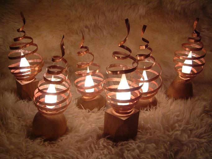 Lampes Tortillon / Bois et cuivre / Variateur de luminosité /  © Michel LAURENT