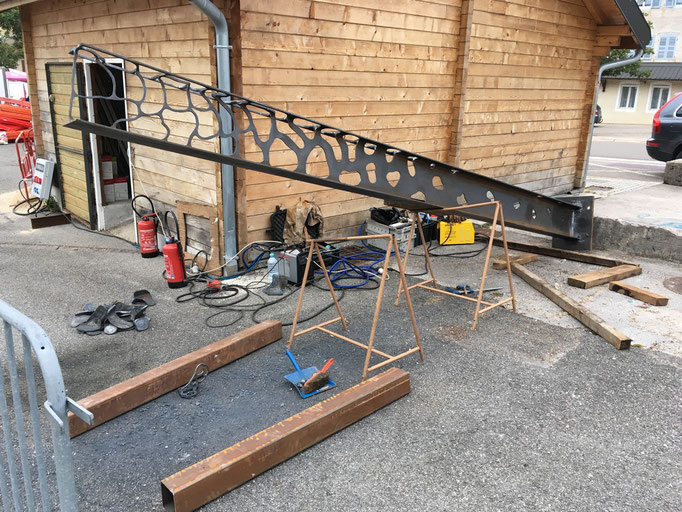 Réalisation d'une sculpture en acier pour la commune de Prémanon (Jura)  © Michel LAURENT / MichL