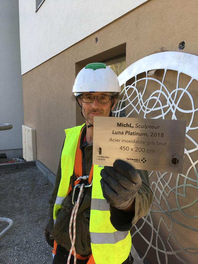 Installation sculpture pour Vinci Immobilier à Cran-Gevrier (septembre 2018) © Michel LAURENT / MichL