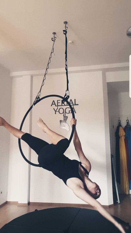 AERIAL Hoop, Aerial Yoga in Schleswig Holstein, nahe Sankt Peter Ording SPO, Entspannung, Yoga, Fitness auf Eiderstedt