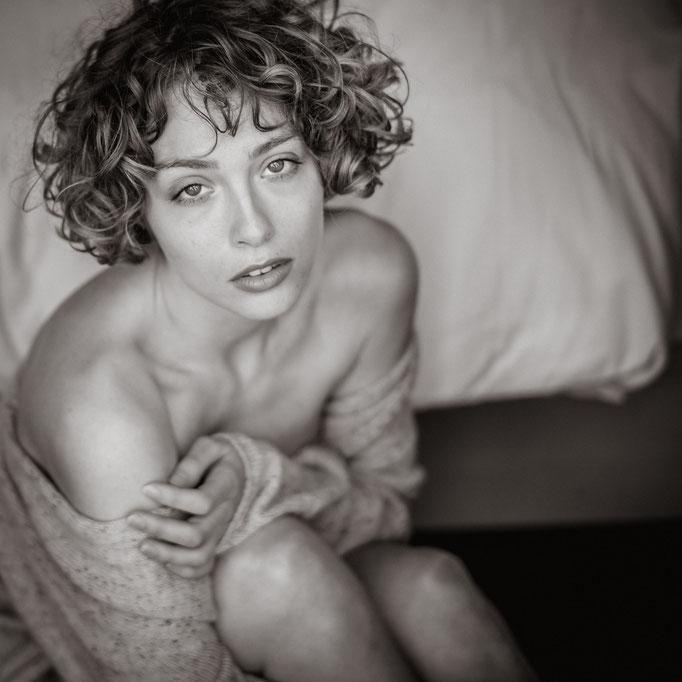 Sensual Portrait Shooting im Hotel in Berlin fotografiert von Das Fotoatelier Regensburg - Fotograf Regensburg