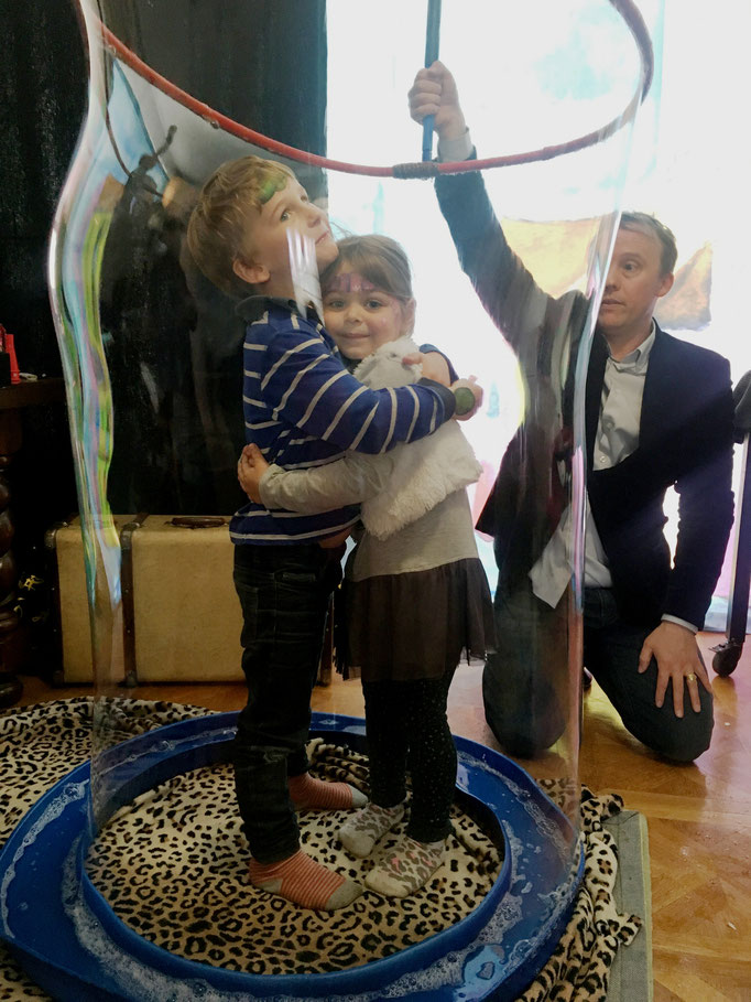 Les enfants dans les bulles, magicien à Tours, Indre et Loire
